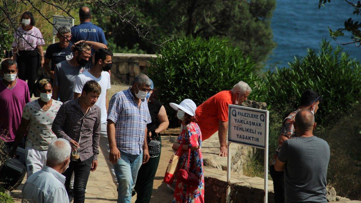 Antalya'da itfaiye ceset çıkarma derdinde...