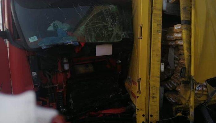 Bulgaristan'da zincirleme kaza! 22 tır birbirine girdi