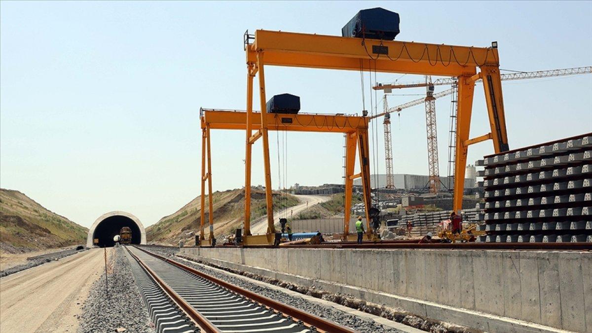 Çerkezköy-Kapıkule hızlı tren hattındaki çalışmalar Bulgaristan sınırına yaklaştı