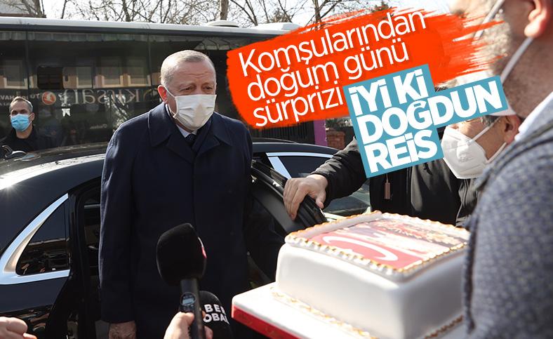 Cumhurbaşkanı Erdoğan için Kısıklı'da pasta kesildi