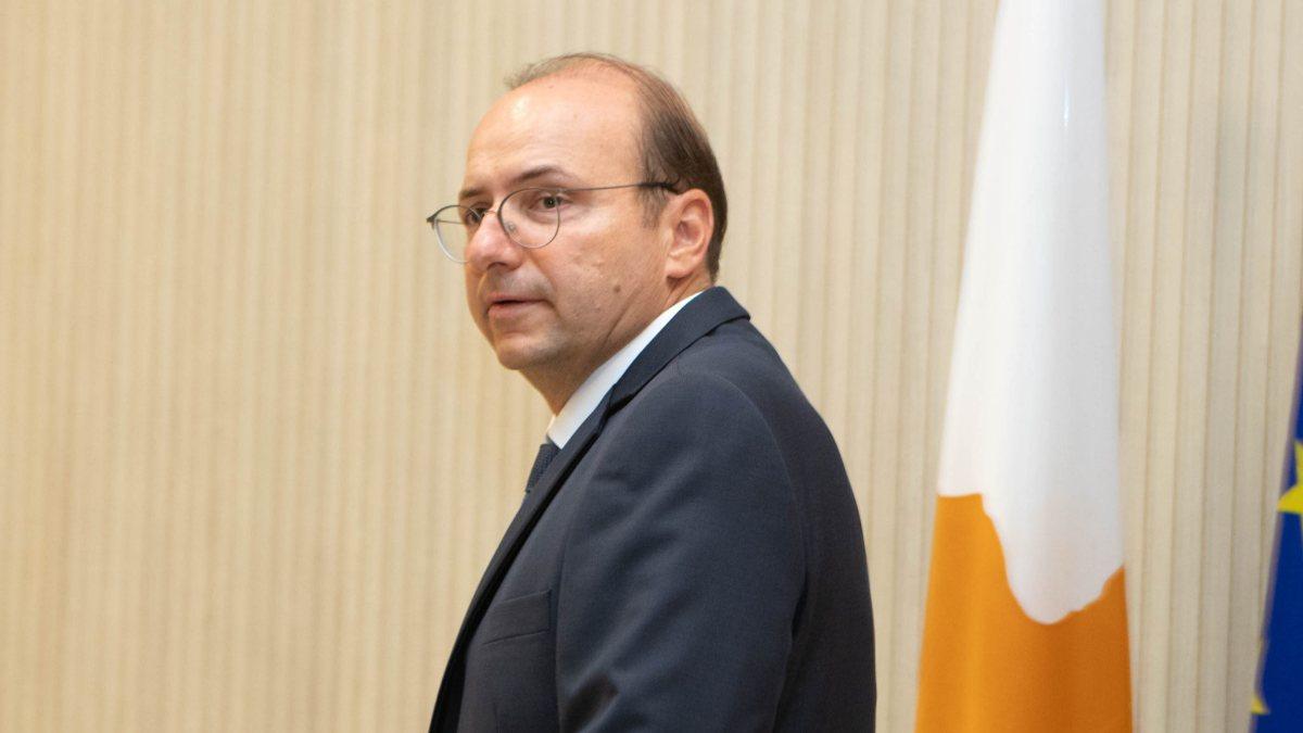 Güney Kıbrıs Savunma Bakanından...