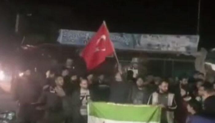 İdlib'deki alçak saldırı sonrası Halep'te TSK'ya destek gösterisi