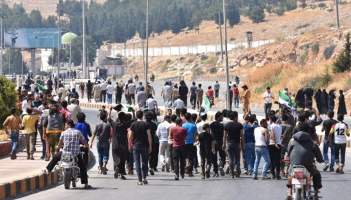 Reuters duyurdu! Türkiye, Suriyeli mültecilere Avrupa kapılarını açtı