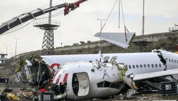 Sabiha Gökçen'de kaza yapan uçağın kaptan pilotunun ifadesi alınıyor