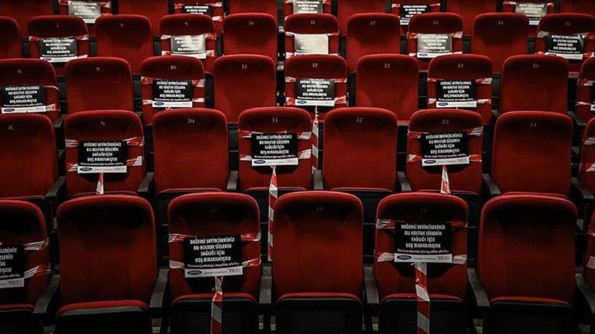 Sinemacılardan gelen talep üzerine salonların açılışı ertelendi