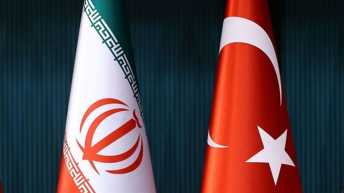 Türkiye ile İran arasında siyasi istişareler yapılacak