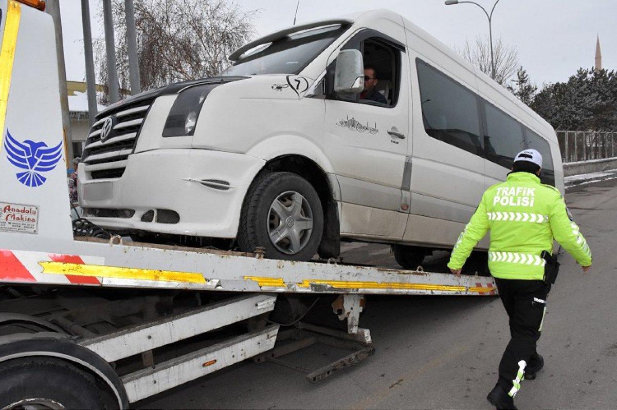 Ülke genelinde okul servis araçları ve taksilere denetim gerçekleştirildi #1