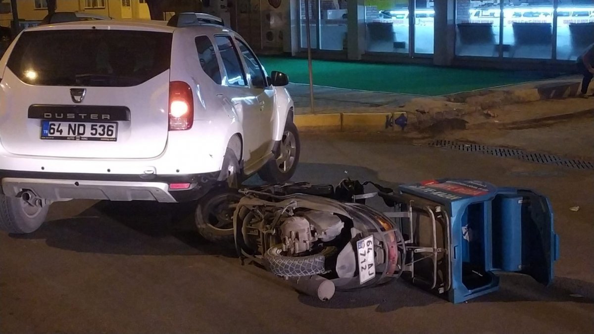 Uşak'ta motosikletle kaza yapan kişi, ekipmanları sayesinde hayata tutundu