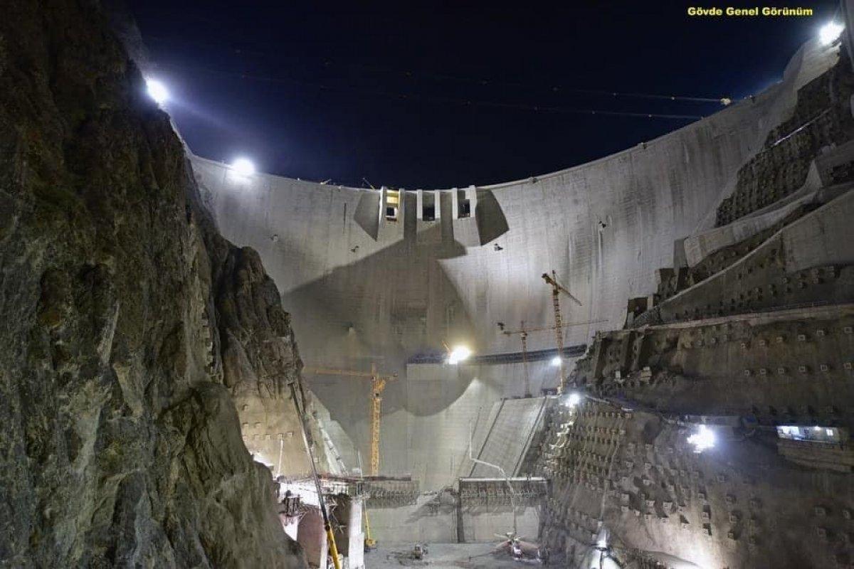 Yusufeli Barajı nda çalışmalar gece gündüz devam ediyor #2