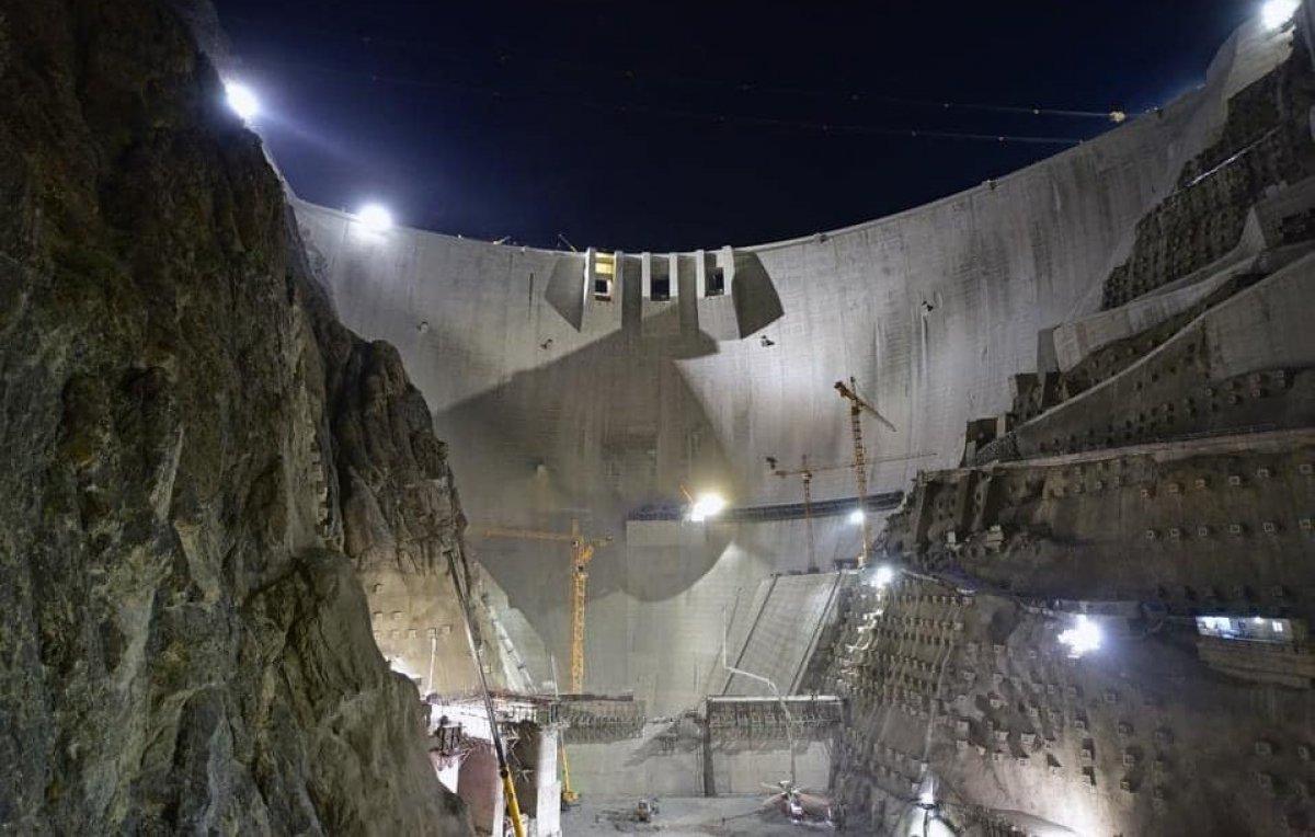 Yusufeli Barajı nda çalışmalar gece gündüz devam ediyor #3