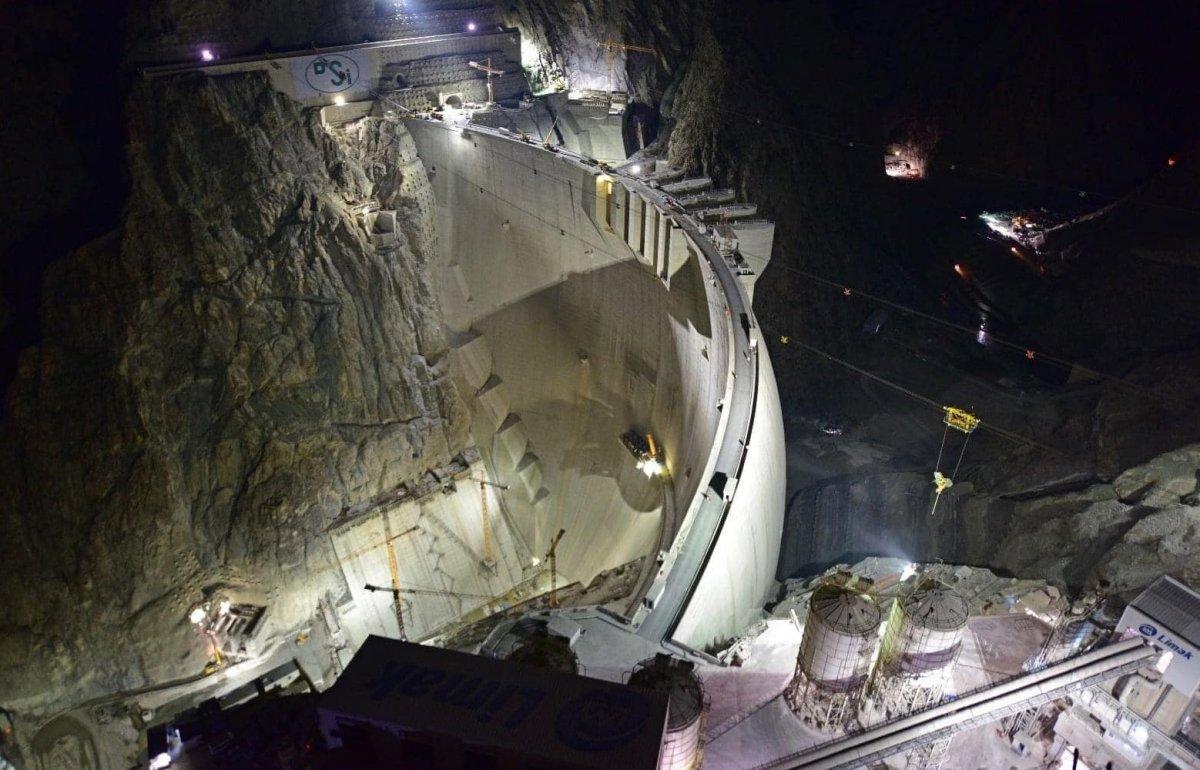Yusufeli Barajı nda çalışmalar gece gündüz devam ediyor #4